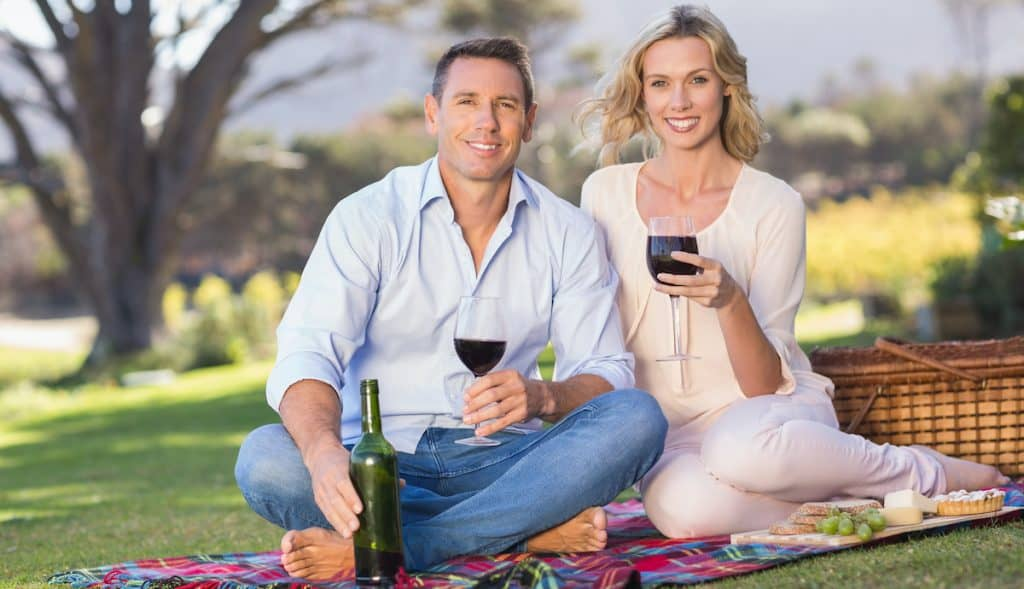 Avoid Wine Teeth with these 6 Tips